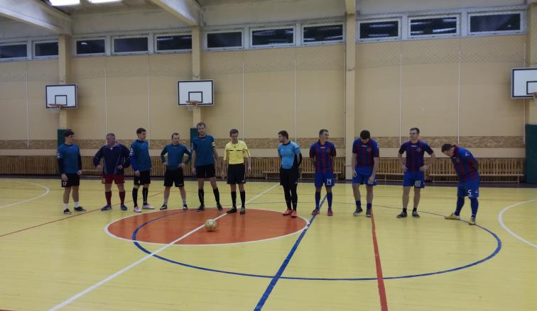 Sužaidus antrąjį salės futbolo turą Panevėžyje, futbolo mėgėjus pasiekė džiugi žinia.