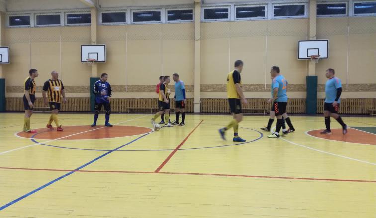 Panevėžio apskrities futbolo mėgėjų pirmenybėse iki pirmojo rato pabaigos liko sužaisti du turus